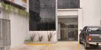 Edificio Alfa de frente