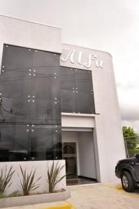 Edificio Alfa durante el día